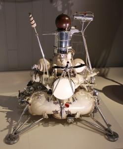 luna9 model scale 1:10